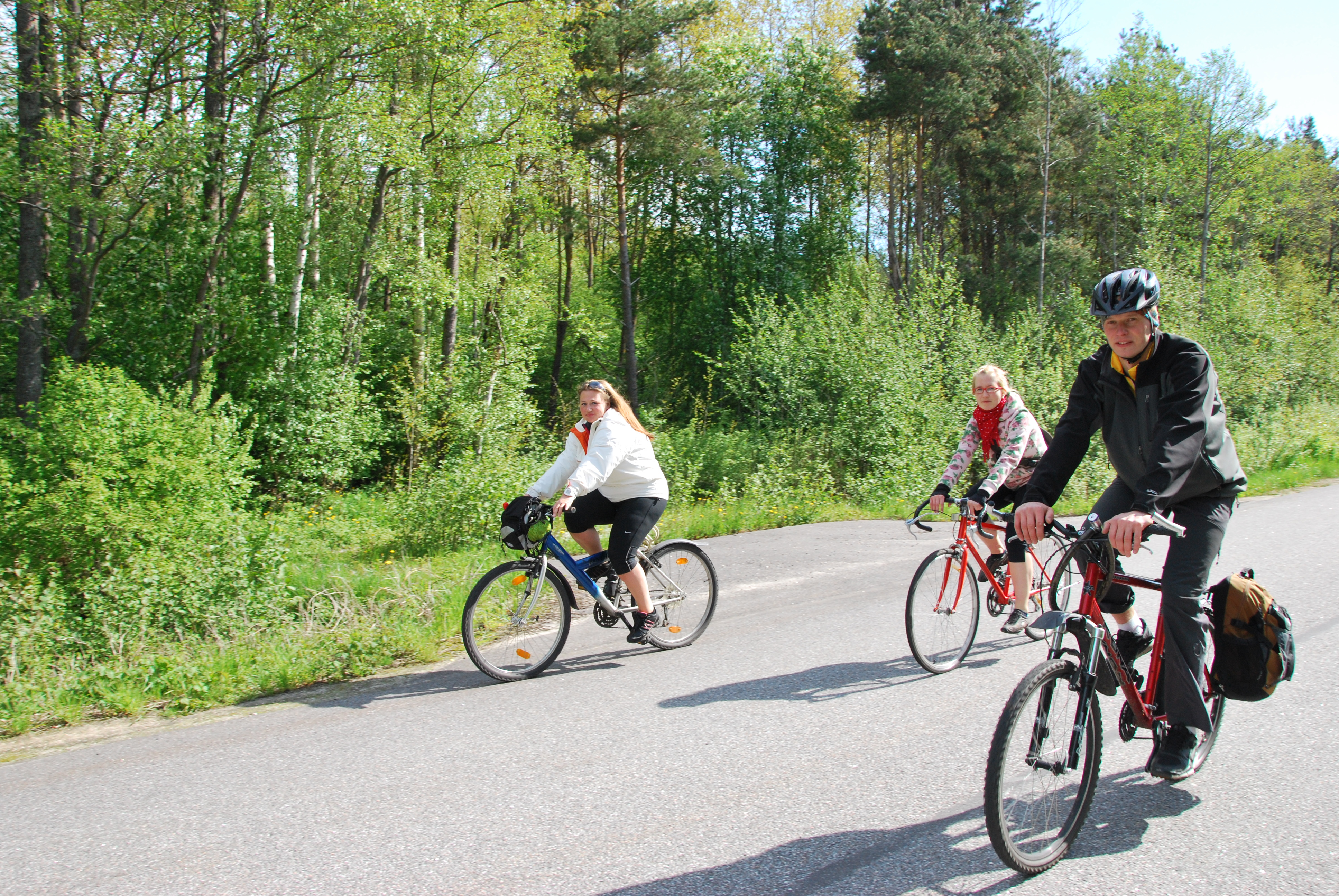 59d5ddd053f We have prepared for cyclist a beautiful 1-day-ride through nature and  history on their own from Pärnu to Soomaa National Park (about 45 km).